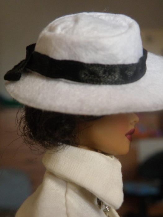 шляпка из фетра для куклы